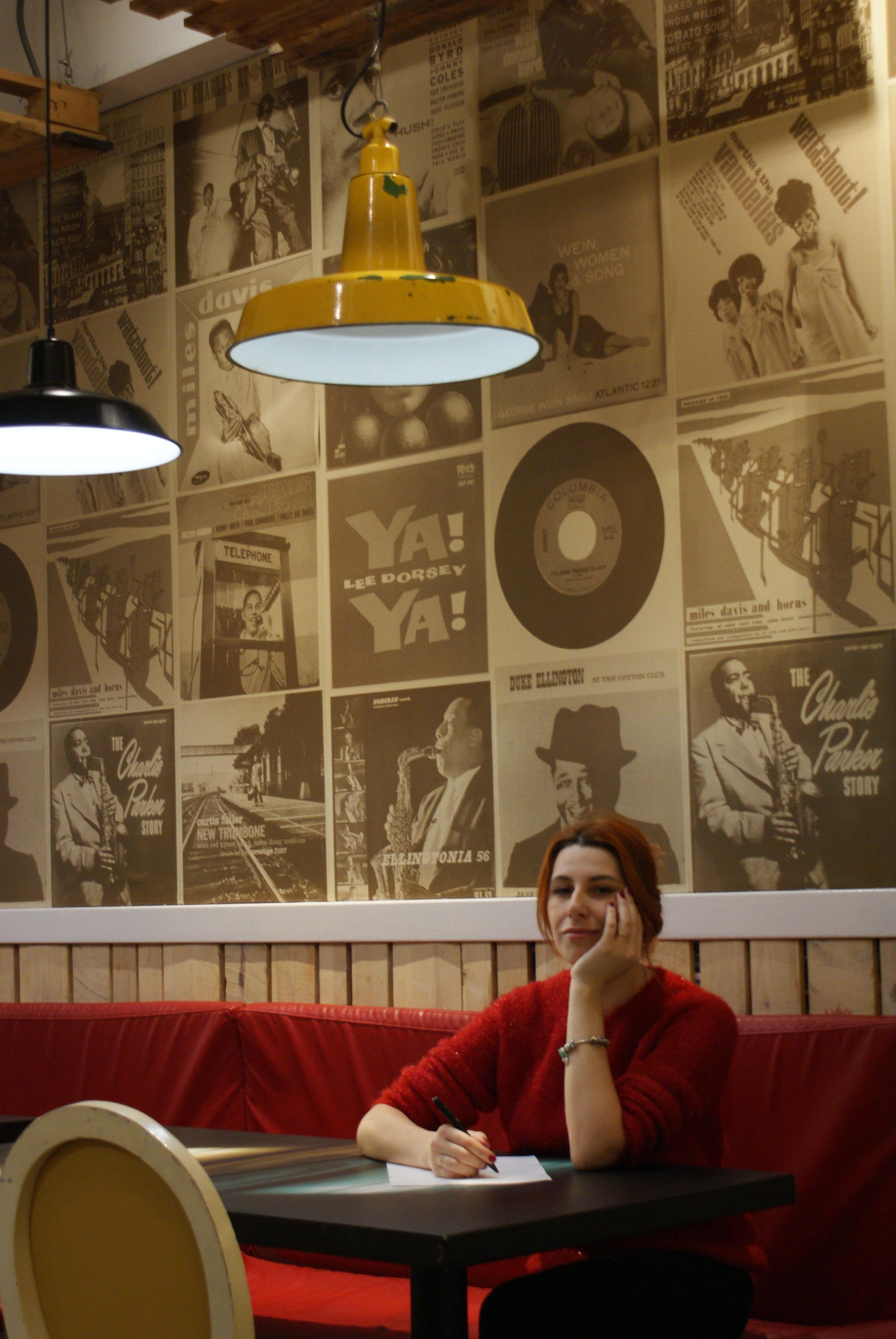 Смотреть стриптиз онлайн русский 24 фотография
