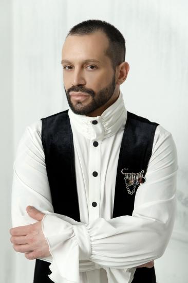 Дизайнер Max Liber презентует коллекцию одежды PERFUMER