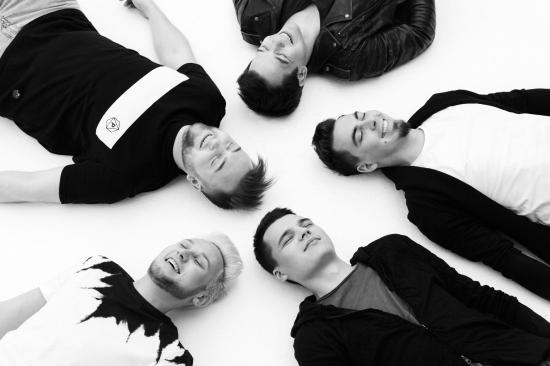 Концертное шоу поп-рок проекта Алексея Корзина группы «SEVER»
