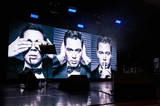 Сольный концерт Родиона Газманова на главной сцене страны