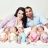 Одна мама, один папа, восемь детей и четыре беременности