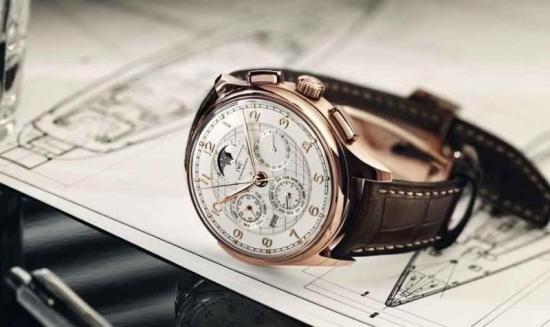 Где продаются качественные копии швейцарских часов