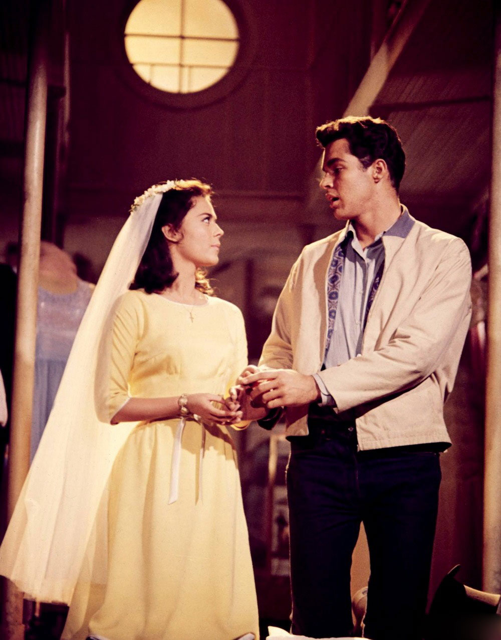 a comparison of romeo and juliet and the premiere of west side story on broadway in 1957 September 26 marks the 50th anniversary of west side story's broadway premiere of shakespeare's romeo and juliet set on the west side of 1957, musical.